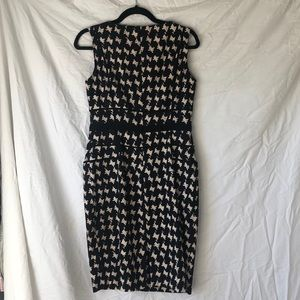 Jones New York Dresses - Houndstooth pencil work dress (with pockets!)